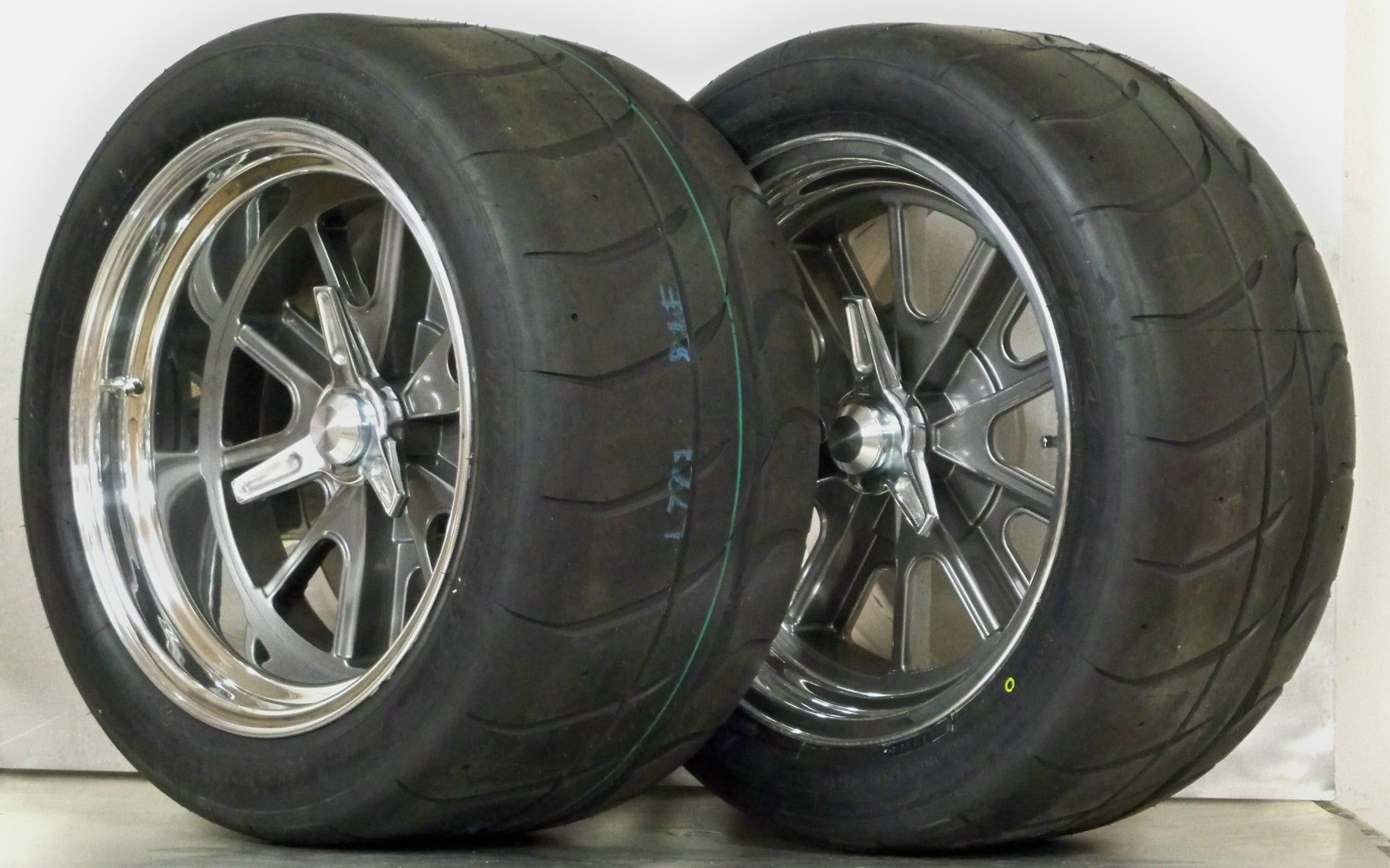 427 PIN DRIVE gray 17 with NITTO NT01