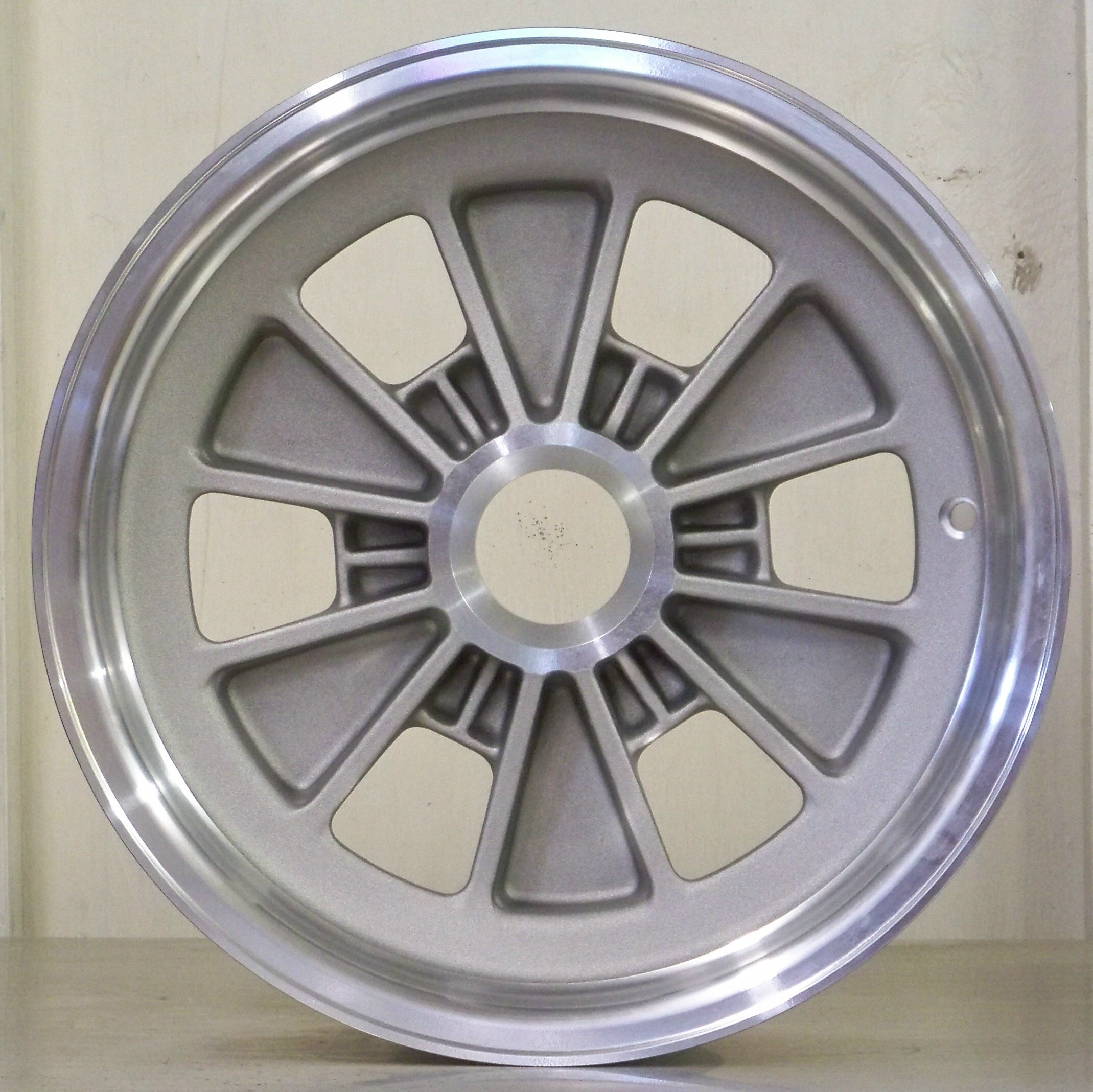 FA 15 SET OF 4 WHEELS 6 PIN