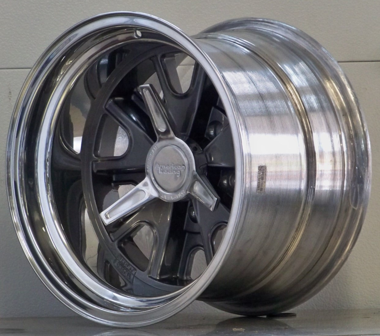 427 Shelby 5 lug gray inc.spinners (price shown per wheel)