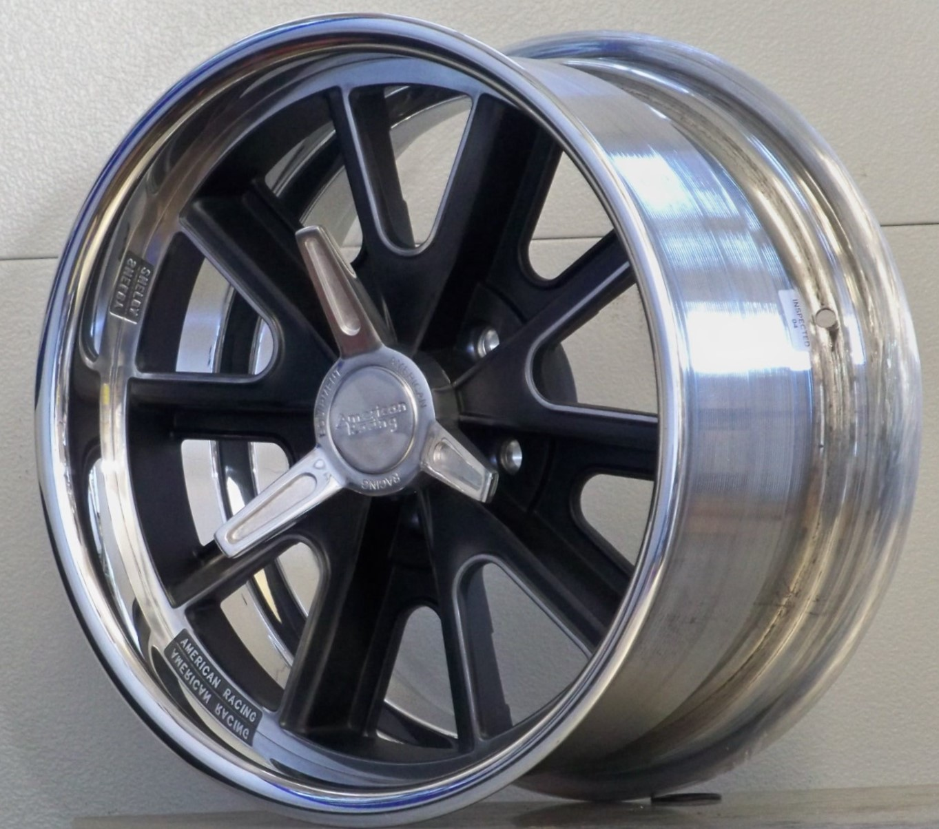 18s 407SSP black custom centers set of 4 05-20 Mustang