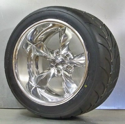 VN425 polished 18x9 18x11 with Toyo 888 set of 4